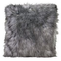 99480-cushion_tamaskanwolf